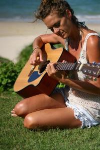 Sarah Guitar Grass